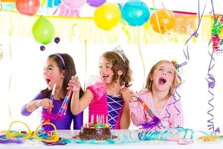 17237550_Happy Birthday Prinzessin_(c)_Tono Balaguer_123rf.jpg