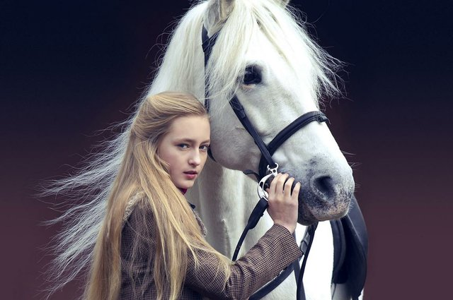 The Legend Of Longwood_1_Mickey(Lucy Morton) and Horse copyright Kinostar.JPG