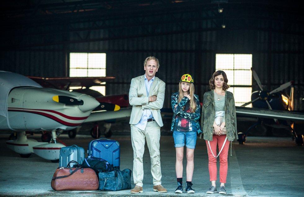 02_NELLYS ABENTEUER_Robert, Nelly und Anne Klabund verloren in der Walachei @INDI FILM.jpg
