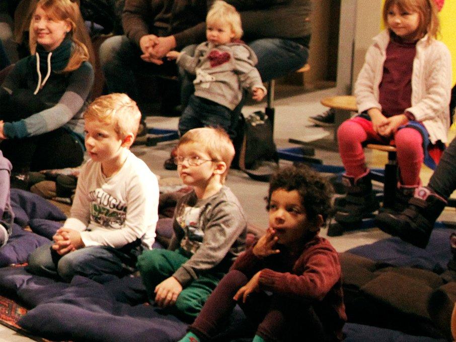 Kosmopolen auf dem Diwan, mondo mio! Kindermuseum