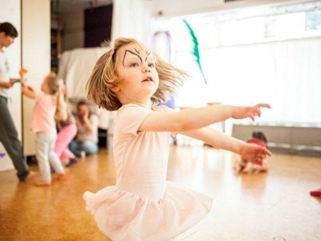 Kreativer KinderTanz, Tanz im Laden