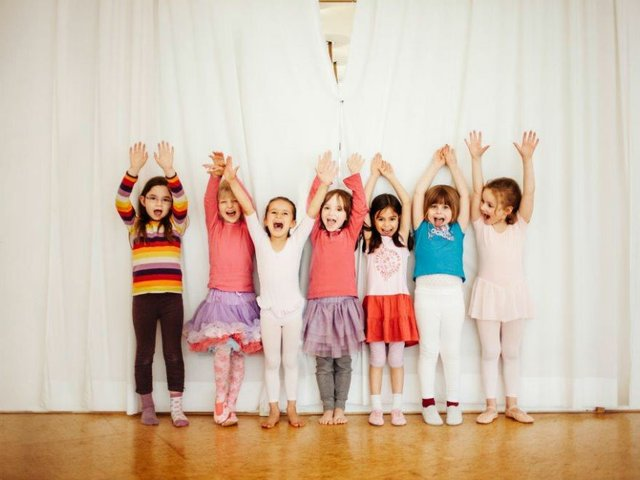 KinderYoga, Tanz im Laden