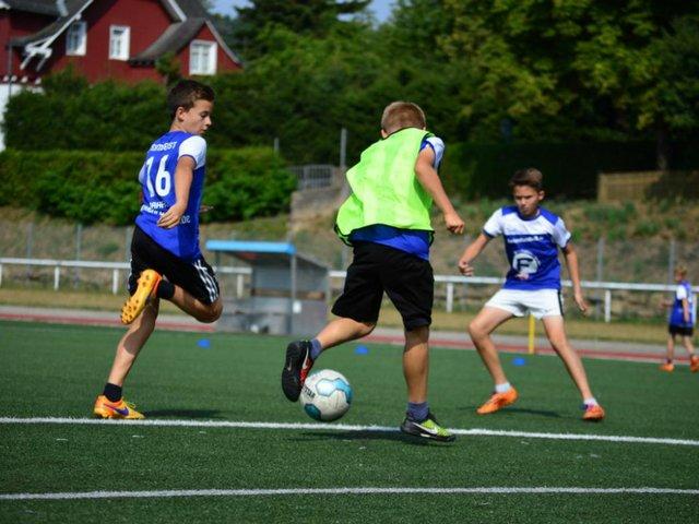 Fußballcamp, Ferienfussball