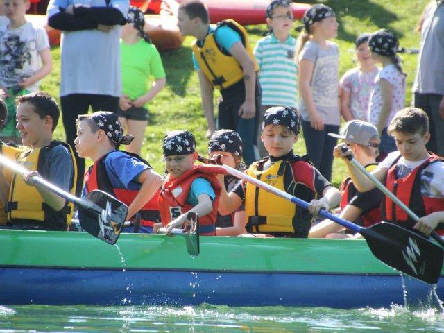 Kanu-Piraten-Spaß