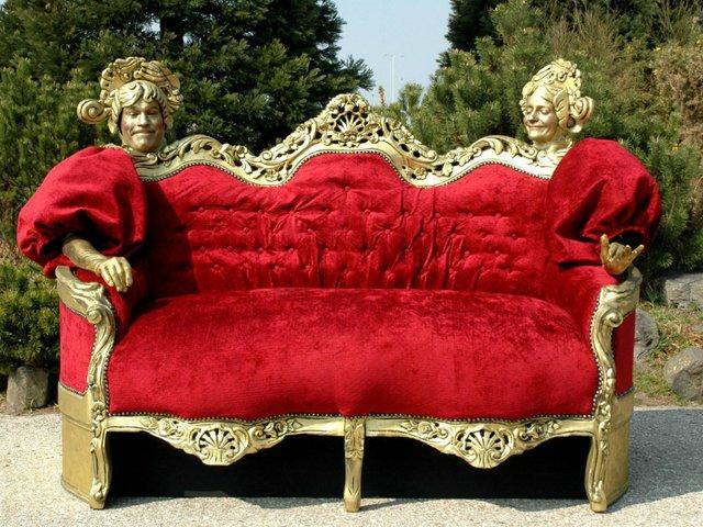 Zwischen allen Stühlen, Schloss Strünkede