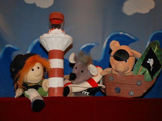 Picknick-Piraten ahoi, Die Märchenbühne
