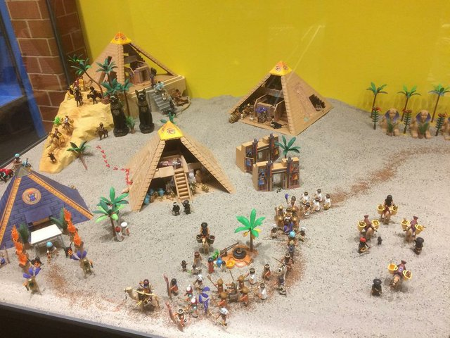 Playmobil - Die Familienausstellung