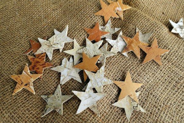 Sterne aus Birkenrinde_Foto PEFC.jpg