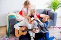 Zusammen spielen, lernen und lachen
