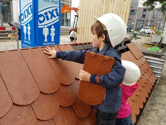 Mitmachbauplatz - Dach decken