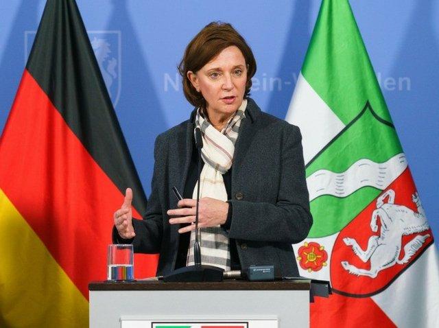NRW Schulministerin Yvonne Gebauer