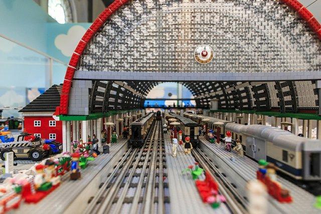 Bunte Steine, Lego-Fan-Ausstellung