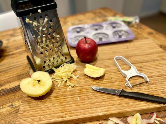 Zutaten Mini-Gugelhupf mit Apfel und Mandel